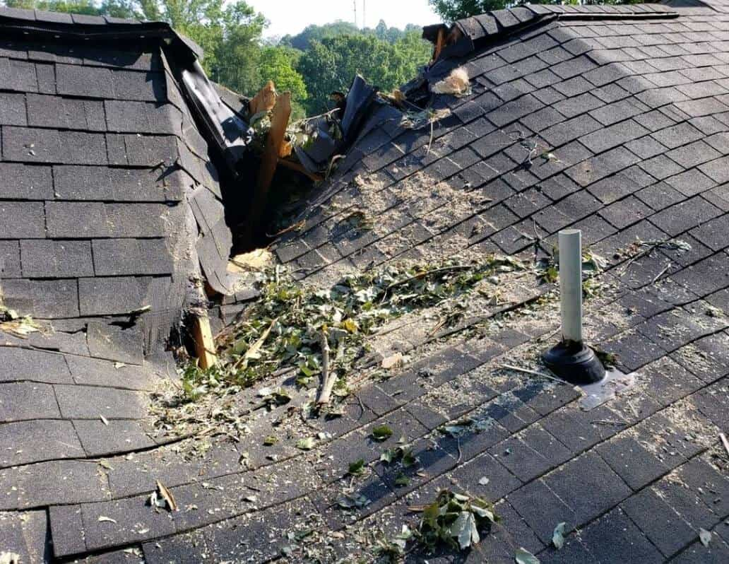 First response restoration services wind storm damage repairs