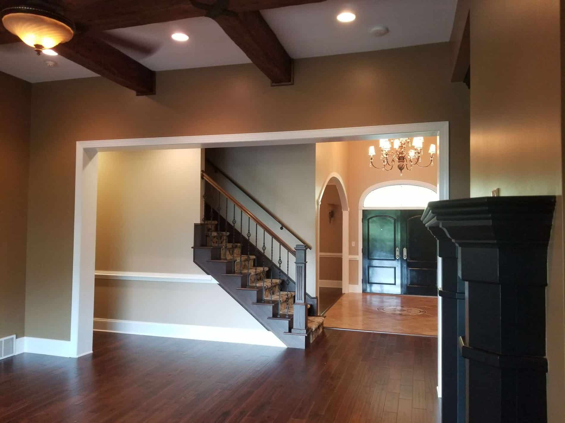 Living room restoration contractor in South Charleston